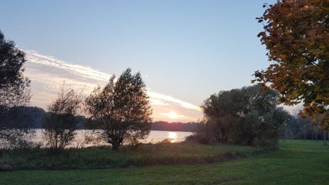 Wanderungen durch die Natur helfen zur Entspannung und bei Tinnitus